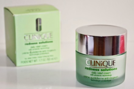 Redness-Solutions-Daily-Relief-Cream-Clinique-Manteiga-Derretida-1-